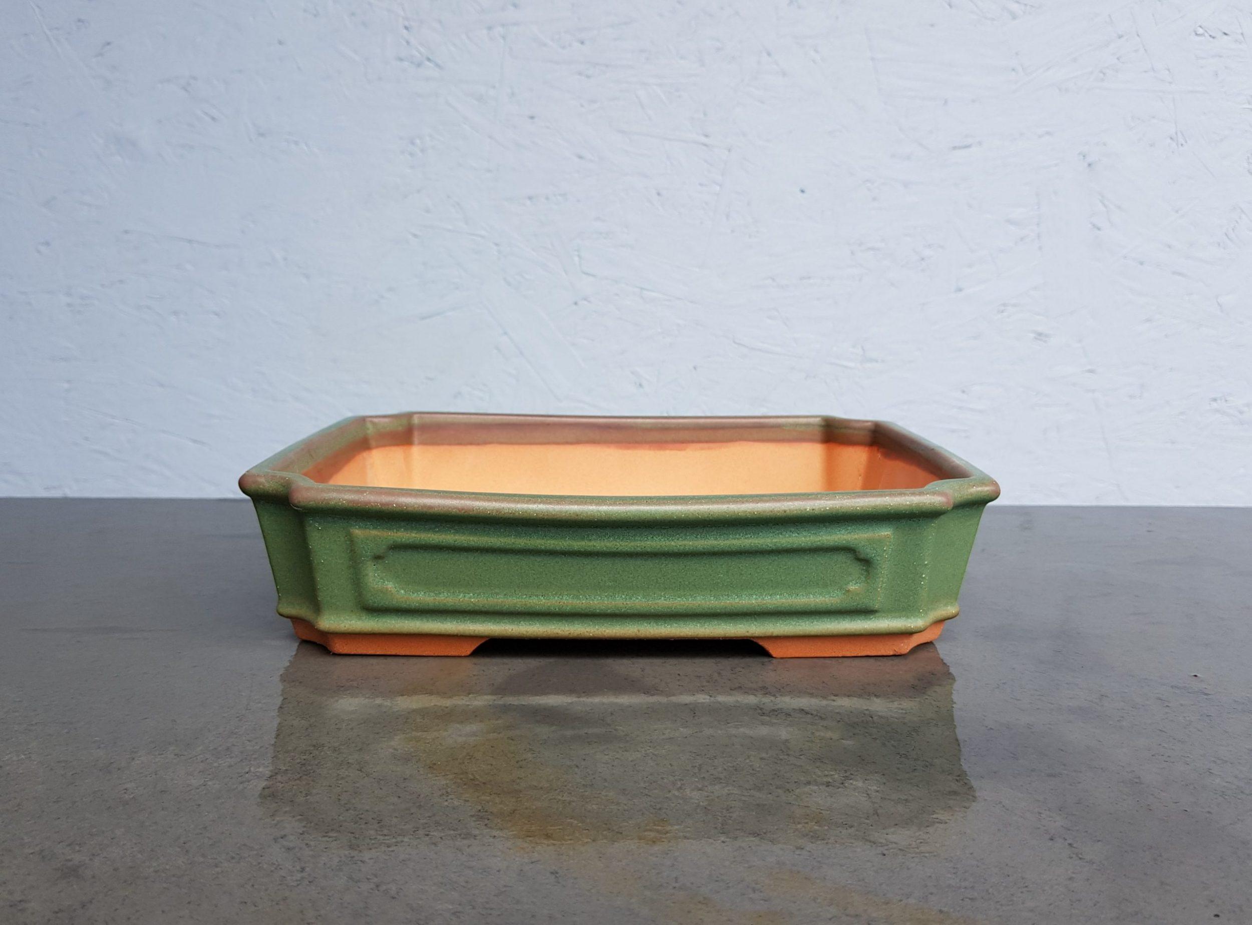 Chinese Handmade Green Rectangle (Scalloped Corners)